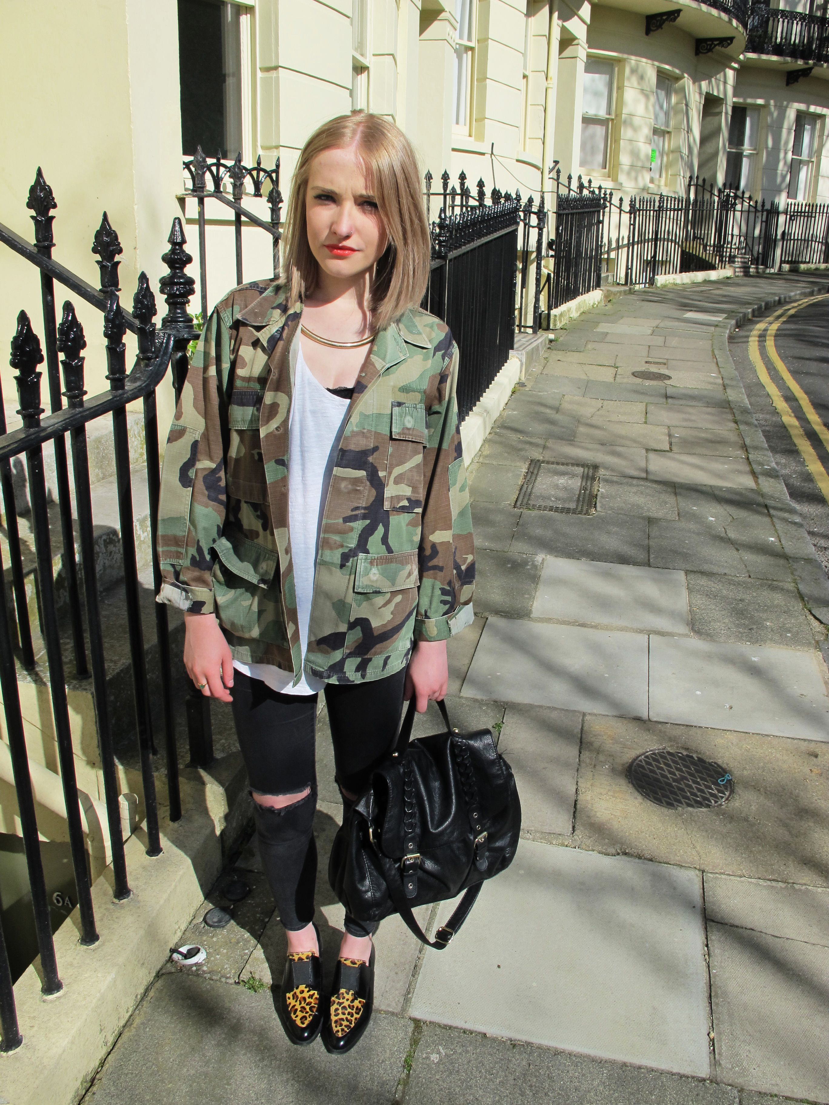 How to camouflage a wear print jacket forecasting to wear for spring in 2019
