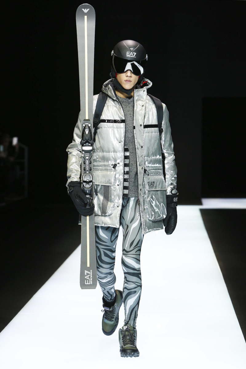 Emporio Armani Fashion Show, Menswear Collection Fall Winter 2016 in Milan