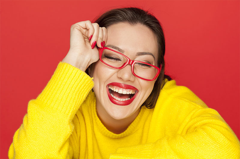 3 Ways to Ditch your Glasses, Look Good and Still See
